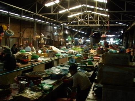 inside_the_old_market2